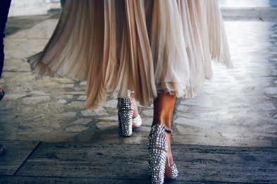 sparkle-glitter-shoes-pleated-skirt-street-style