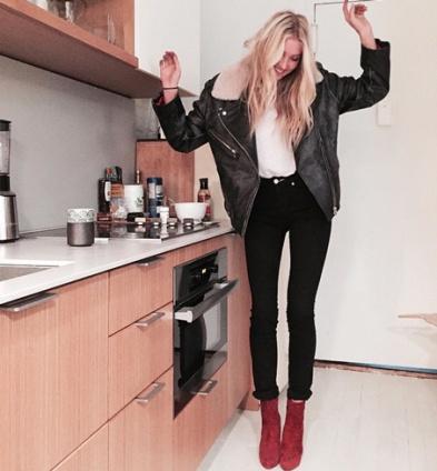 burgundy-boots